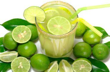 Agua de Limón Caliente : Beneficios para la Salud
