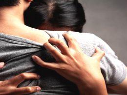 Lo que Siente Verdaderamente una Mujer cuando deja al Amor de su Vida en Brazos de Otra